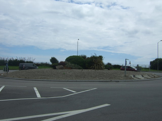 Roundabout on the A30, Chyandour