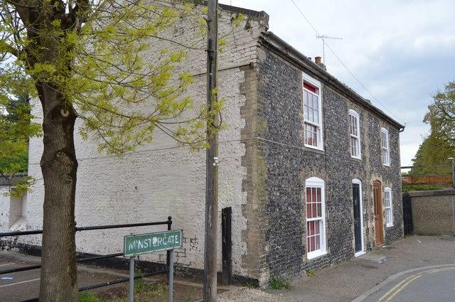 Cottages, Minstergate