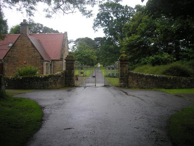 Gatehouse and electric gates at Balcaskie Estate