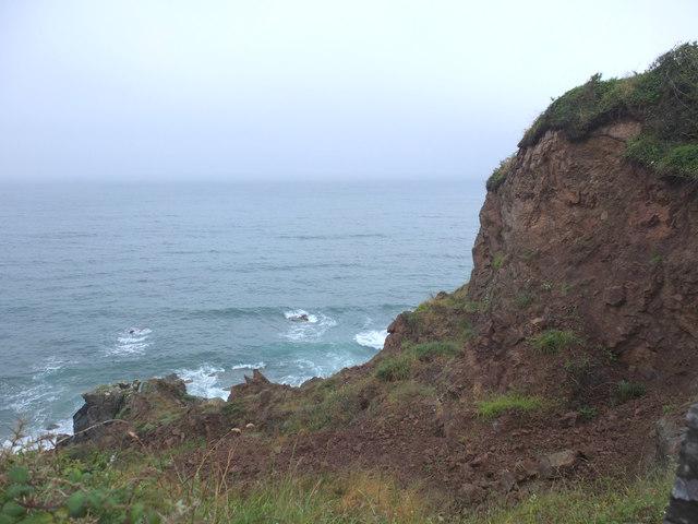 Coastal erosion at Thorny Cliff