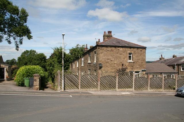 Barnoldswick: Oakfield Avenue