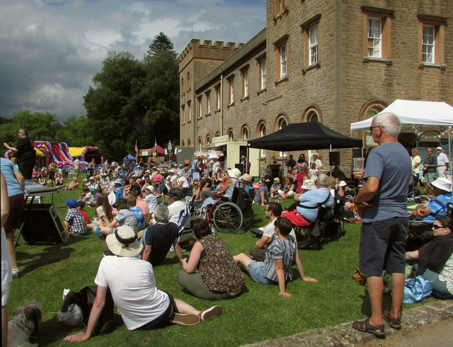 Audience at Ugbrooke House