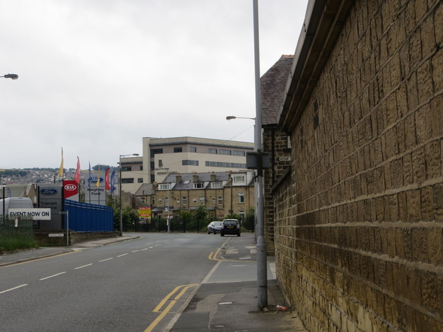 Dalton Lane in Keighley with the buildings of Keighley College directly ahead