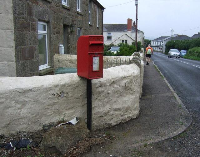 Elizabeth II postbox on Calais Road, St Erth Praze