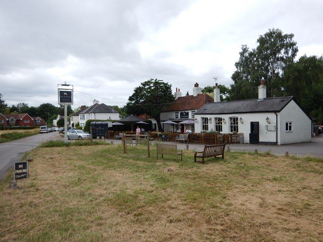 Burrowhill - The Four Horseshoes