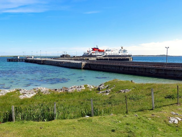 Ferry at Scarinish Pier, Tiree
