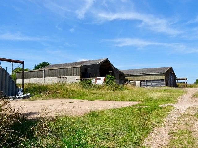 Farm buildings near Bendalls Farm