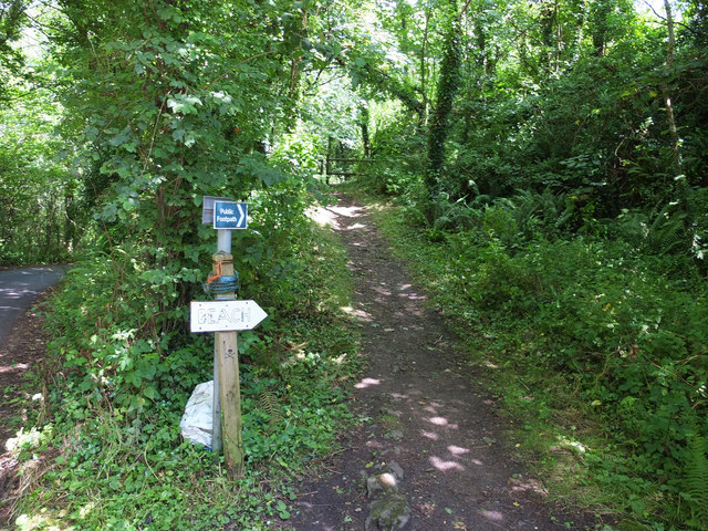 Path from Gwendreath Farm to Kennack Sands