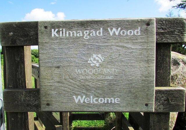 Sign on gate, Kilmagad Wood