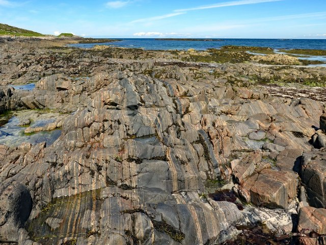 Stripey rocks, Vaul Bay