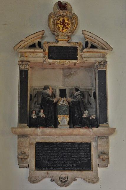 Quainton, Holy Cross and St. Mary Church: Dr. Richard Brett (d.1637) memorial 1
