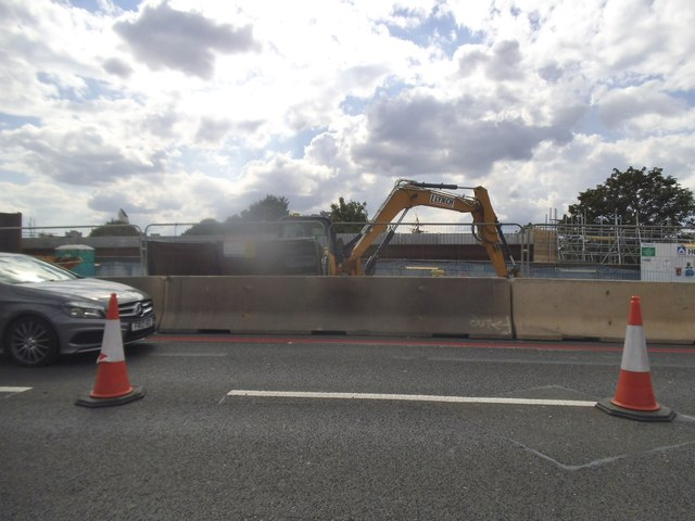 New bridge works on Gunnersbury Avenue