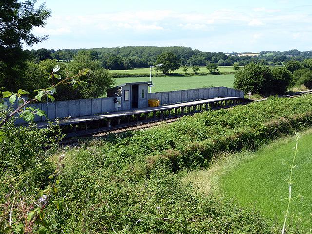 Chetnole station