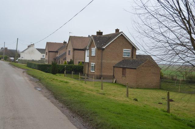 Houses, Ten Mile Bank