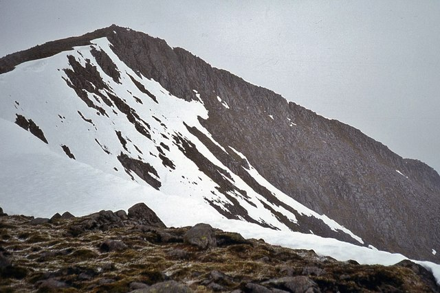 The lower, southeast, summit of Ben Starav