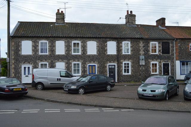 54 - 60, Magdalen St