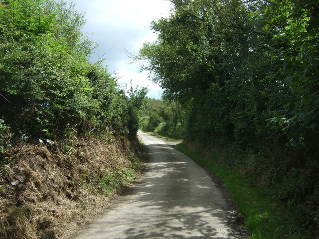 Lane heading east from Trerise