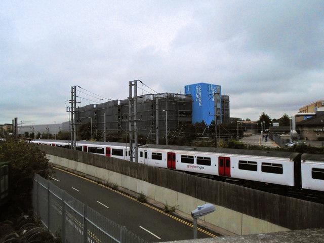 Train coming into Cambridge