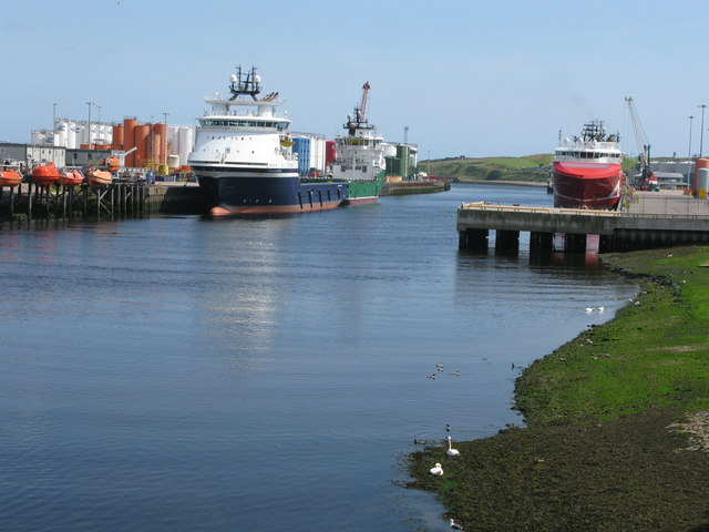 River Dee at Aberdeen Harbour