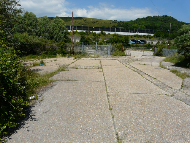 Derelict site, Caesar's Way