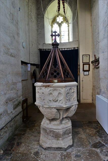 North Marston, St. Mary's Church: The font 1