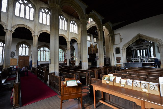 Chipping Campden, St. James Church: Across the nave