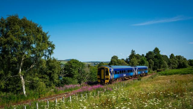 Delayed Inverness bound service (158716)