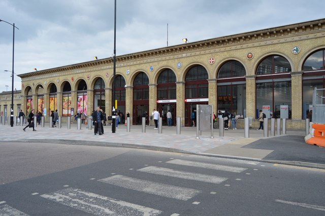 Cambridge Station front