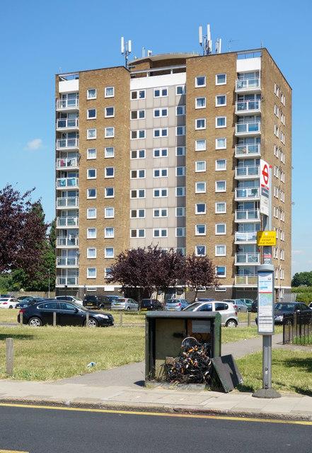 Housing Block, Bedfont Lane