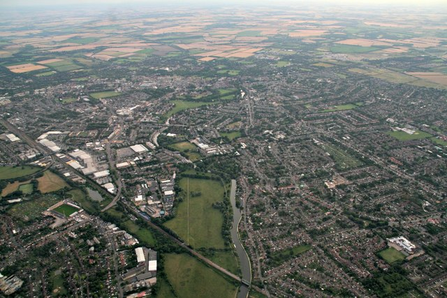 Stourbridge Common, railway and River Cam, Cambridge: aerial 2017