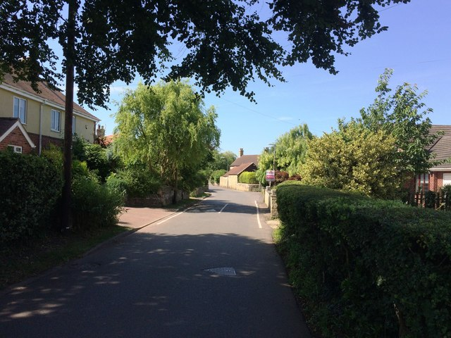 Common Road in Thorpe Salvin
