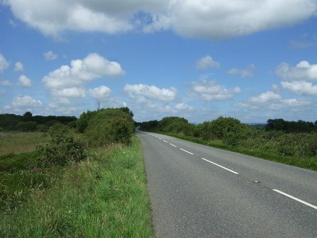 B3293 towards Garras