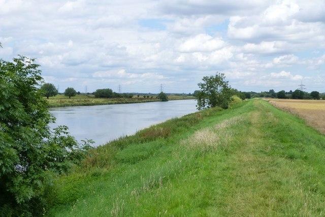 Floodbank beside River Trent