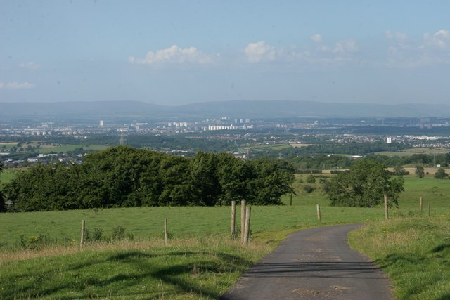 Moss Heights seen from Dyke Hill, south of Barrhead