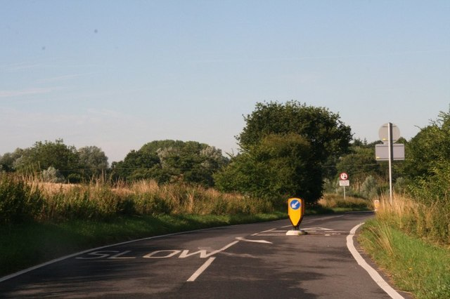Traffic calming on Wenden Road, Audley End