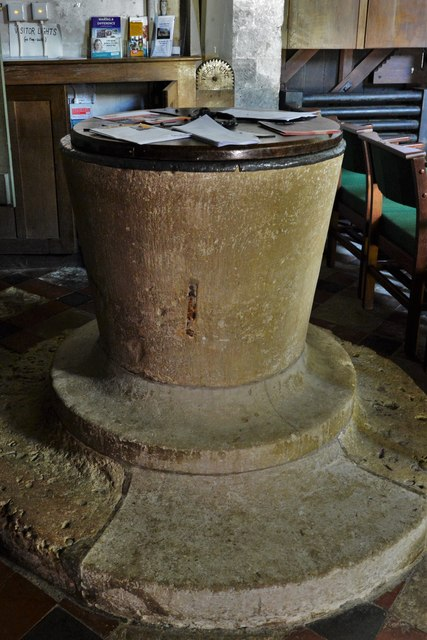 Stewkley, St. Michael's Church: Original Norman tub font on a later base