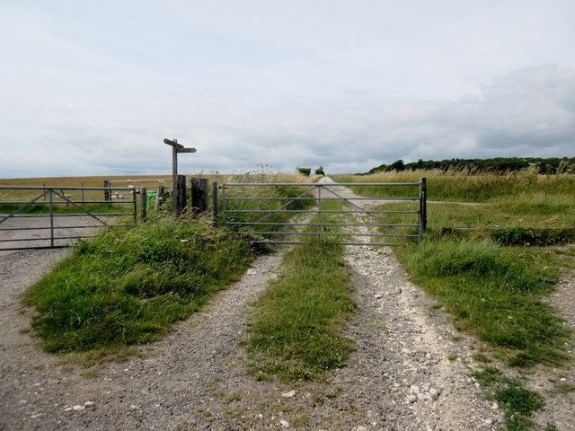 Gate across Restricted byway