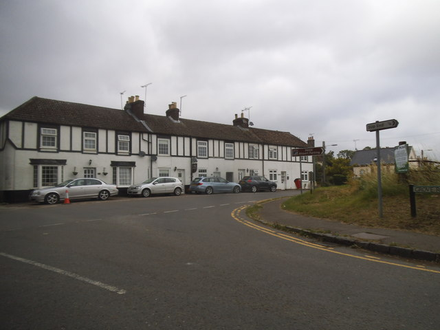 Woodside Road at the junction of Grove Road