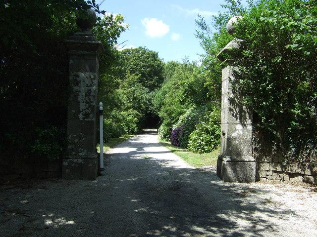 Entrance to Trewardreva