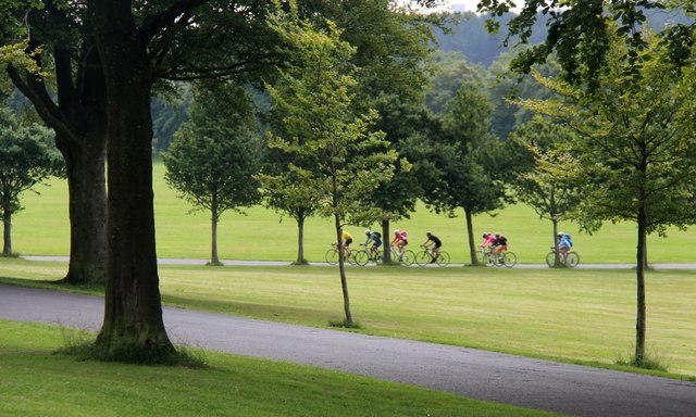 Cycling in Bellahouston Park
