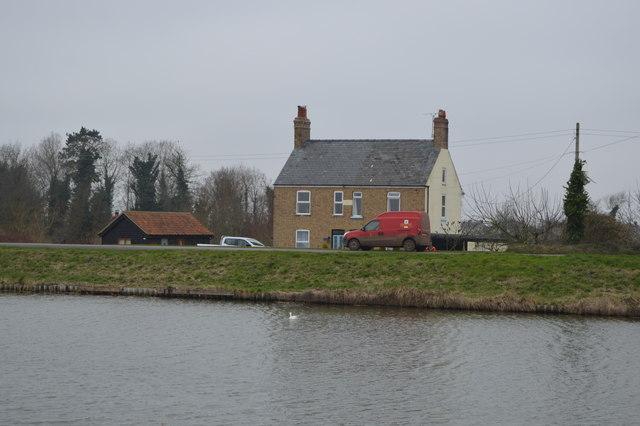 House, Ten Mile Bank