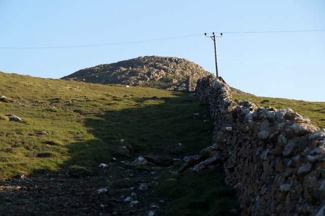 The wall on the north side of Muckle Heog