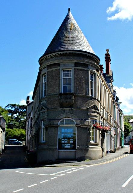 Accent Properties - estate agency office - Llanfairfechan