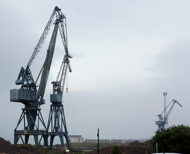 Final day of the Inchgreen Drydock cranes