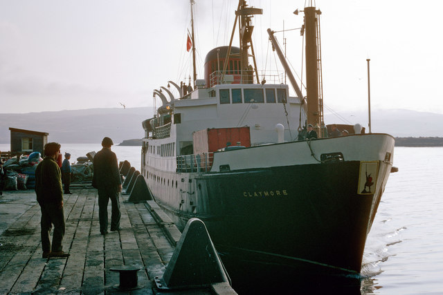 MV Claymore's early arrival at Tobermory, April 1971
