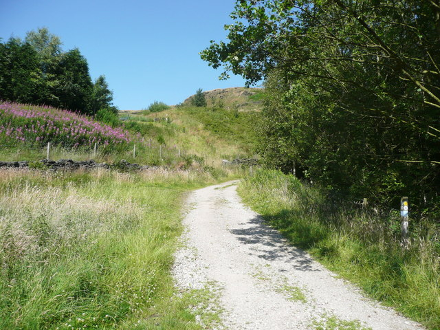 The Pennine Bridleway climbing away from Summit