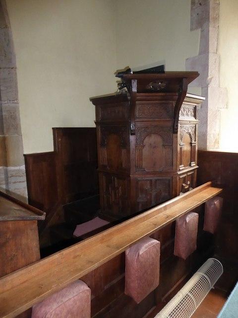 St Michael, Penhurst: pulpit