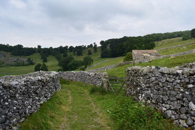 A Dales walled lane.