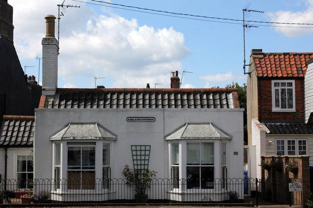 Adelaide Cottage, 11 St James' Green, Southwold