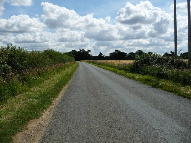 Ixworth Road, heading east